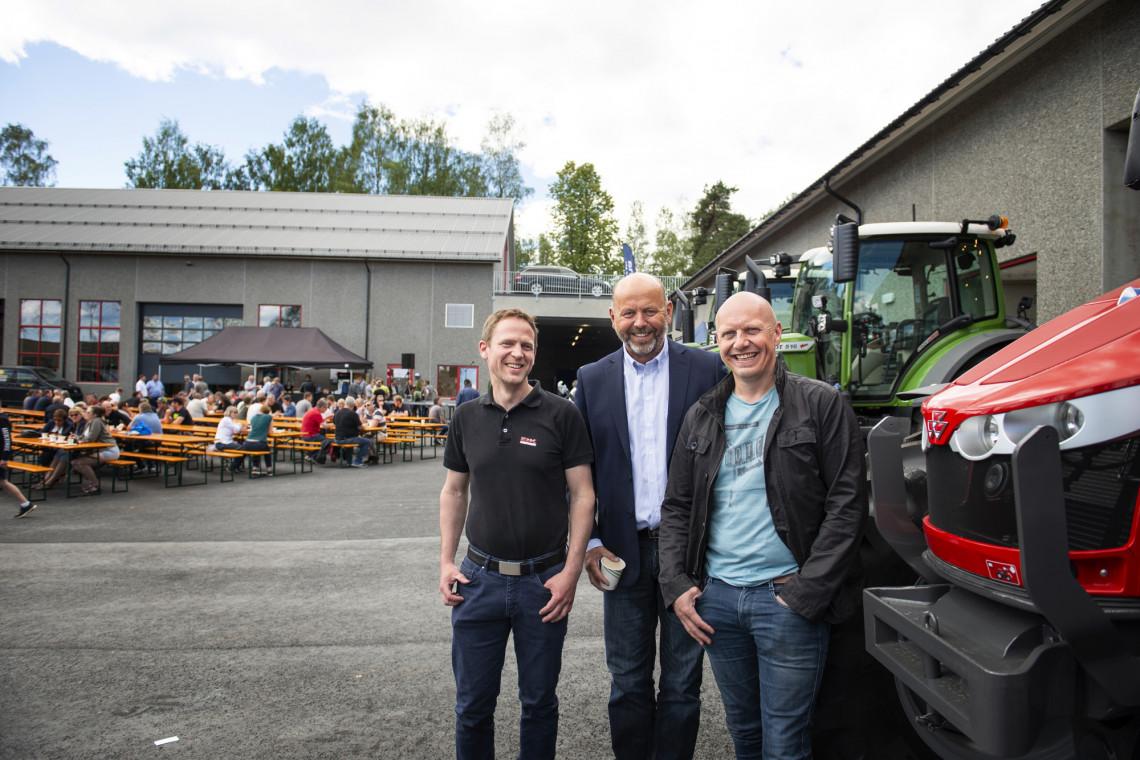 Ola Frang Wetten, Bjørn Rygg og Vidar Haukalid er storfornøyde med nytt senter